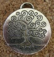 Arbre en médaillon argenté, diamètre de 23mm
