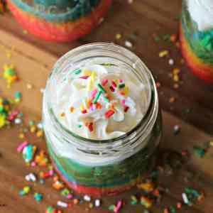 Mason Jar Rainbow Cake