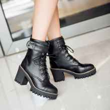 23 Best Vintage Boots For Women
