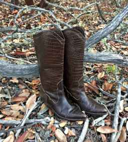 40 Best Vintage Boots For Women