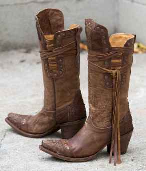 41 Best Vintage Boots For Women