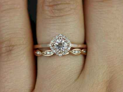 01 Simple Engangement Ring for Every Kind Women