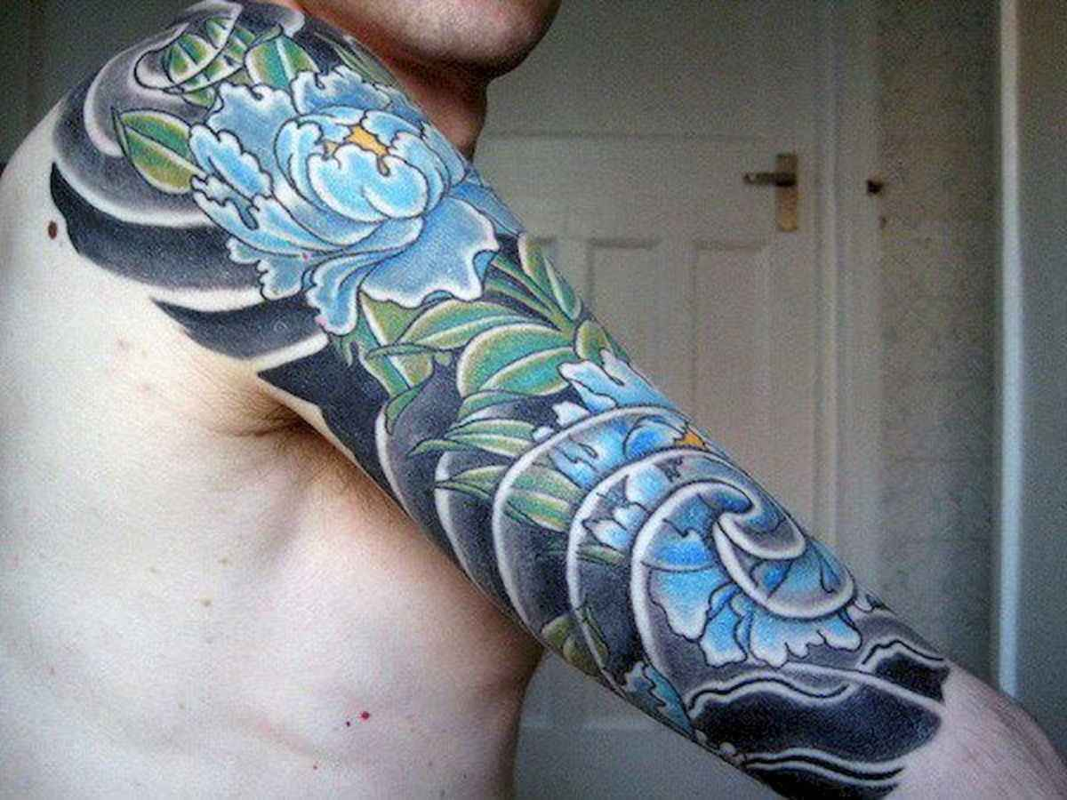 18 Amazing Sleeve Tattoos Ideas for Guys that Look Masculine