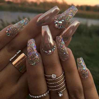 18 New Acrylic Nail Designs Ideas to Try This Year