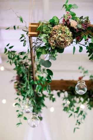 27 Rustic Wedding Suspended Flowers Decor Ideas