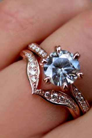 32 Simple Engangement Ring for Every Kind Women