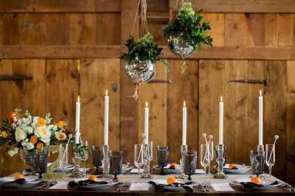 33 Rustic Wedding Suspended Flowers Decor Ideas