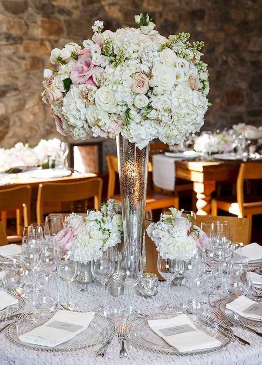 53 Romantic White Flower Centerpiece Decor Ideas