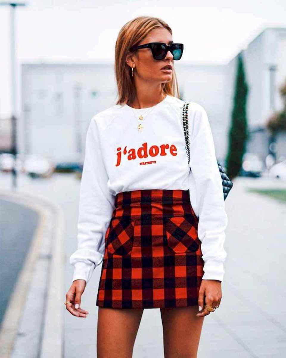 02 Trending and Popular Skirt Outfit Ideas
