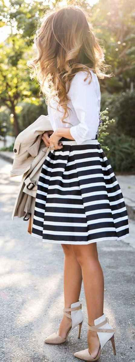 33 Trending and Popular Skirt Outfit Ideas
