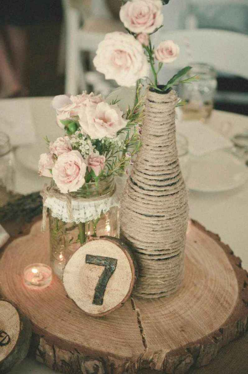 14 Simple and Easy Wedding Centerpiece Ideas