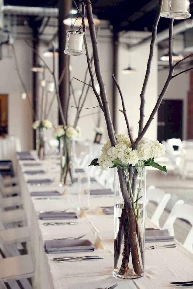 19 Simple and Easy Wedding Centerpiece Ideas