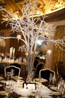 31 Beautiful Simple Winter Wedding Centerpieces Decor Ideas