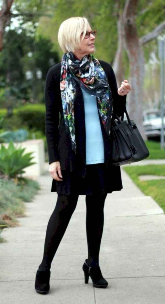 37 Best Stylish Outfits for Women over 50