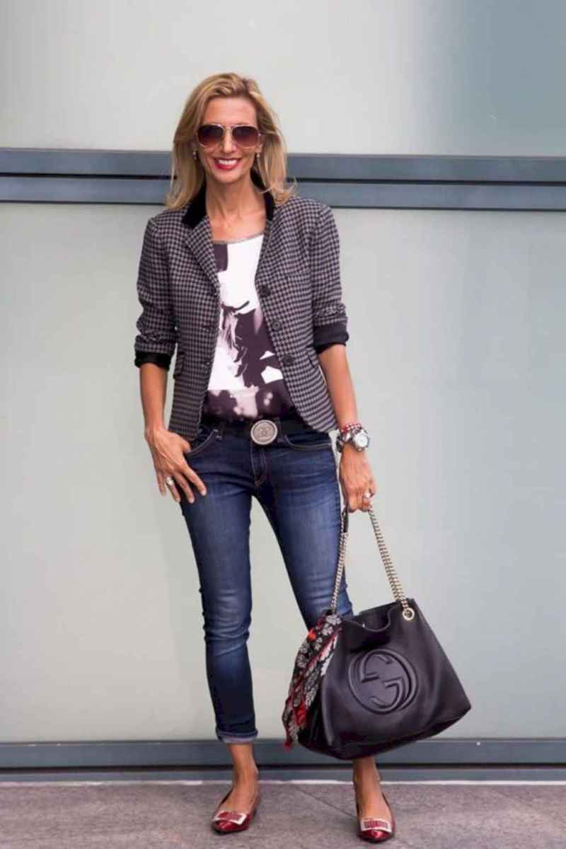42 Best Stylish Outfits for Women over 50