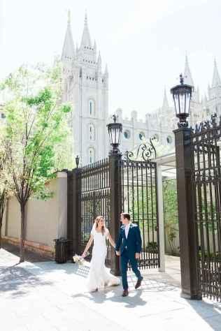 84 Romantic Tropical Wedding Ideas Reception Centerpiece
