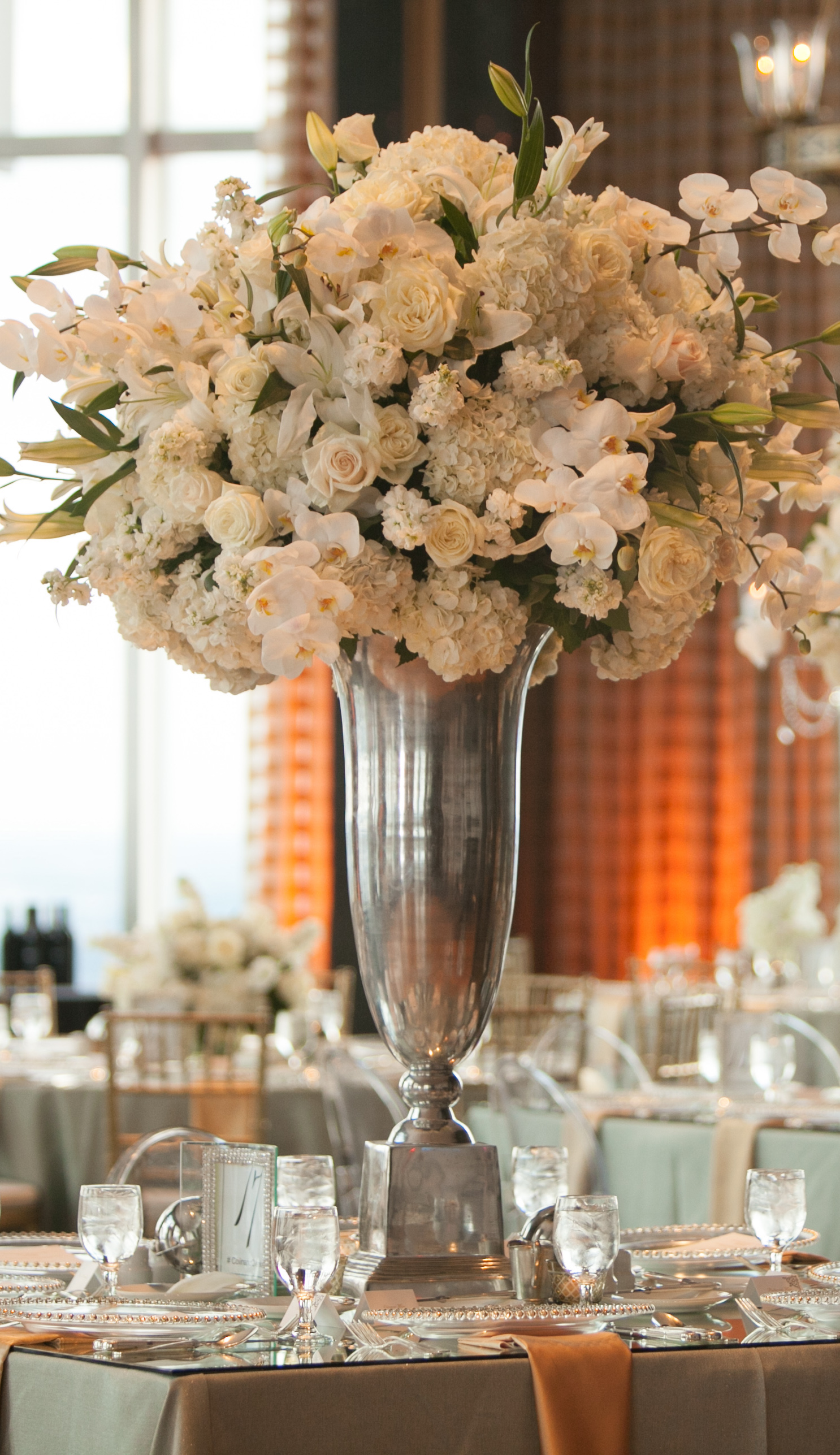 Tall Vase Centerpieces For Weddings