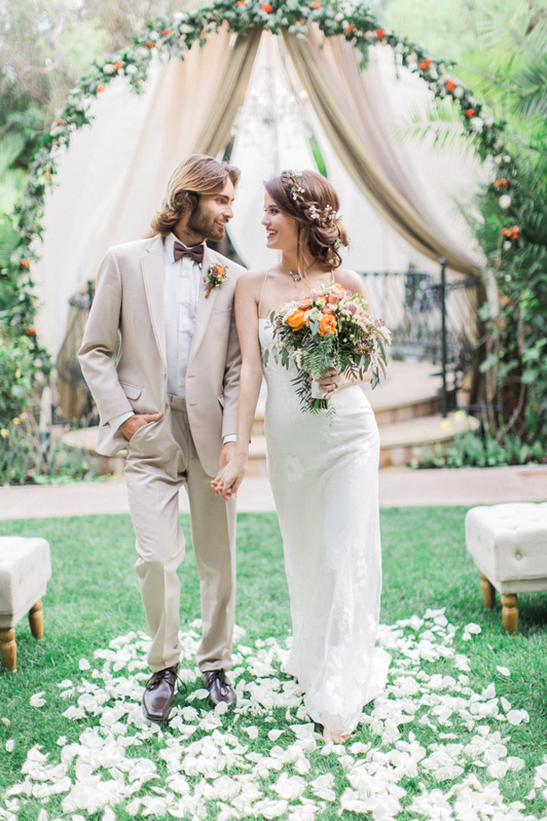 Bohemian Wedding Inspiration with a Touch of Vintage Glam
