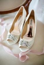 wedding shoes - Luke & Ashley Photography