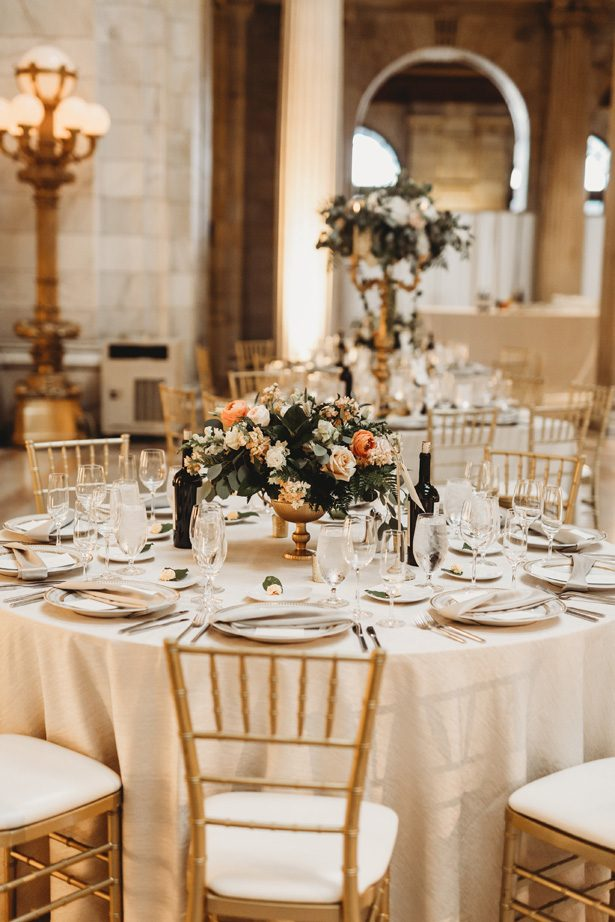 Chic elegant wedding tablescape - Man and Wife Photography