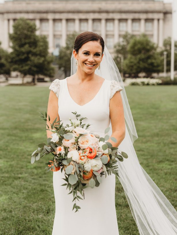 Sophisticated bride - man and wife photography