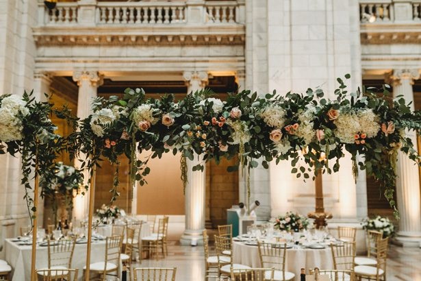 Tall wedding centerpiece - Man and Wife Photography