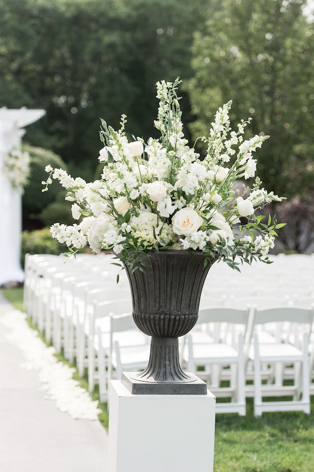 White wedding ceremony flowers - Lynne Reznick Photography