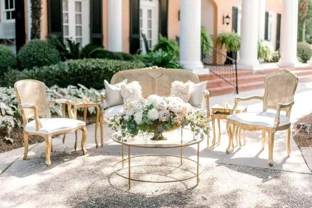 Classy Southern Romance Wedding decor - Photography: Hi Volt Studios