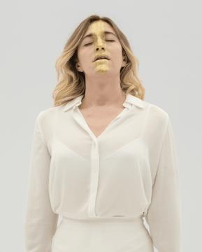 verbo maquillar, Abril Zamora