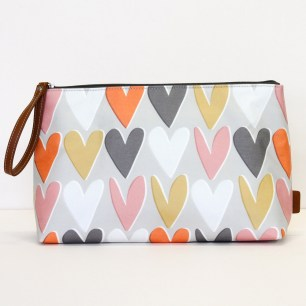 caroline-gardner_wristlet-handbag-ss17_bellezzainthecity