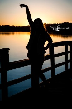 Dani Crowder Senior Pictures Maryville High School Noelle Bell Photography Water Sunset Senior_0272.1b