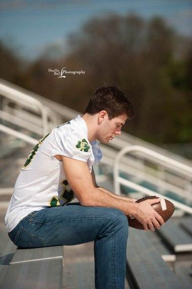 Noelle Bell Photography, senior guy, senior year, athletics, outdoor pics, class of 17