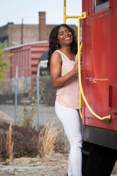 Noelle Bell Photography, Senior Girl, Class of 2017, Senior model, senior portraits, outdoor pics