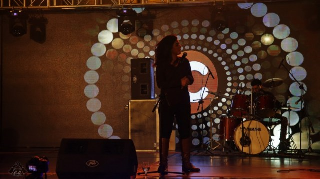 QB Performing at the Cheezmall.com Event