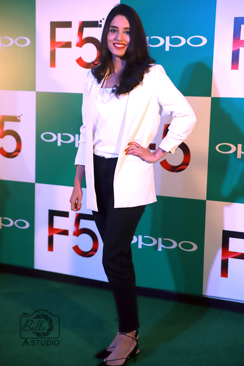 OPPO F5 Launch Pakistan