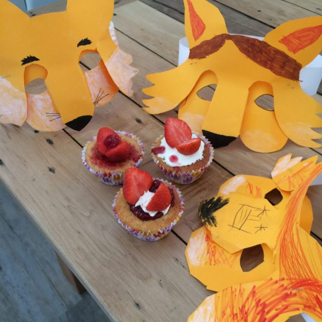 Fox masks and butterfly cakes