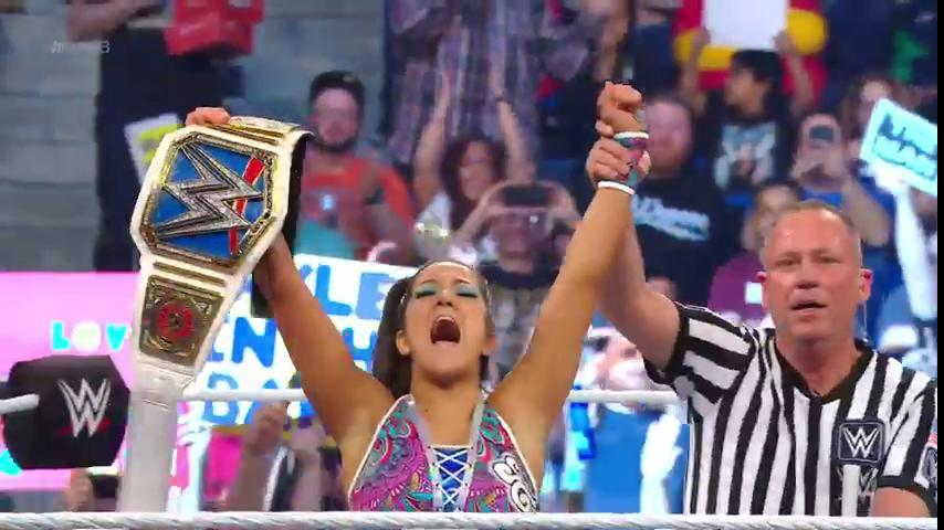 Bayley cashes in Money in the Bank briefcase to become SmackDown Champ