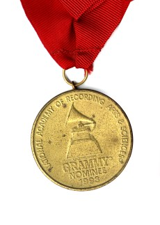 Grammy_nominee_medal