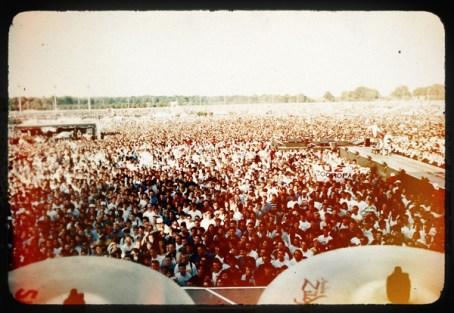 Opening for U2, Hyppodrome, Paris, zooropa tour 1993