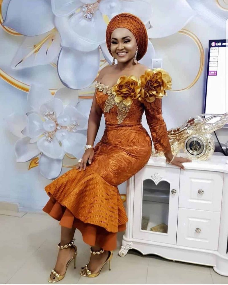 The Most Up to Date Nigerian Lace Styles & Designs Pictures in ...