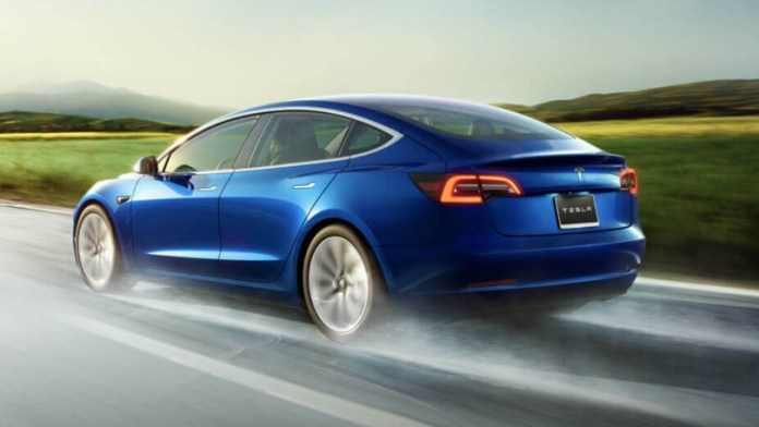 Tesla Model 3: Here's The Amazing Features you need to know