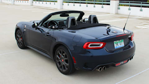 Fiat 124 Spider Abarth: Here's The Features you Should Know