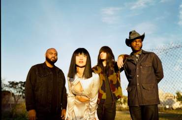 KHRUANGBIN & LEON BRIDGES_TEXAS SUN