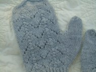 pretty and simple to knit