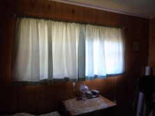2016-10-28_sewing_guest-curtains-2-1024x768