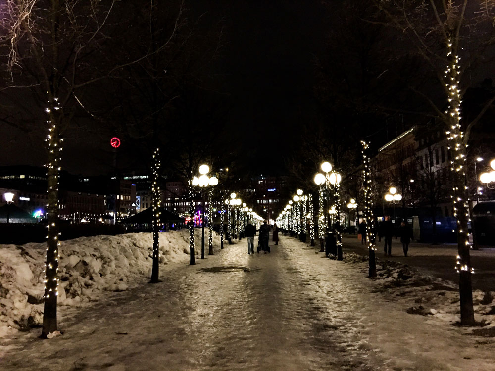 10-stockholm-night