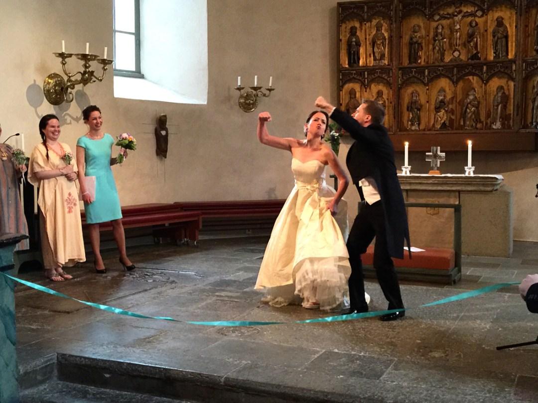 wedding-fist-bump