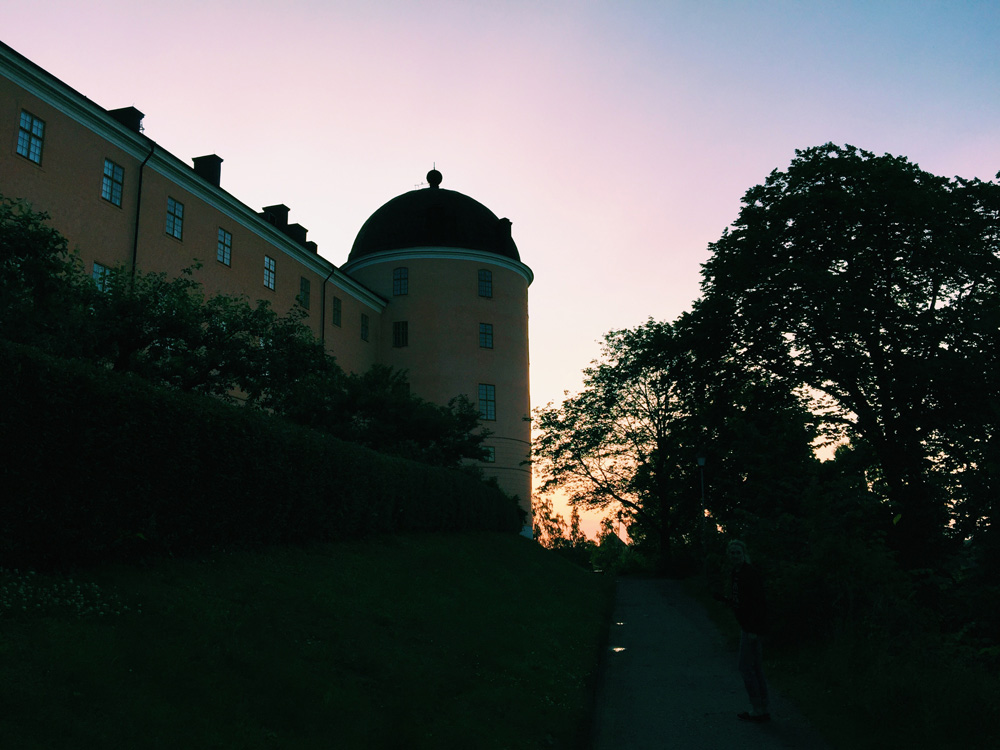 castle-side-sunset