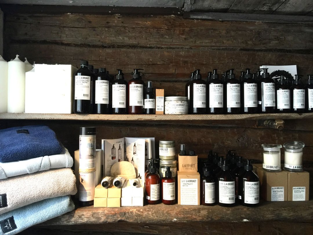 sigtuna-lotions-shopping