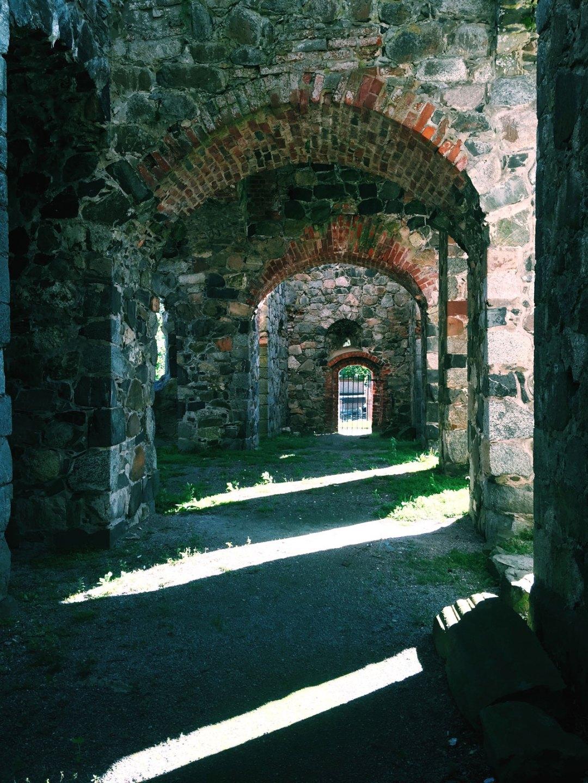 sigtuna-ruins-shadows